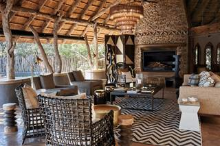 Singita Pamushana Lodge - Lounge Area..jpg