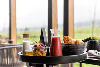 Singita Kwitonda Lodge - Breakfast.jpg